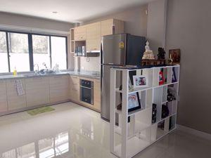 รูปภาพ 3 bed House in Bless Town Sukhumvit 50  Khlongtoei District H005196