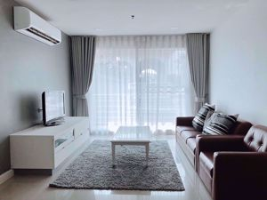 รูปภาพ 2 bed Condo in Serene Place Sukhumvit 24 Khlongtan Sub District C06523