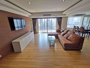 Picture of 3 bed Condo in Royal Castle Sukhumvit Watthana District C06977