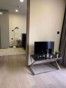 Picture of 1 bed Condo in Klass Sarasin-Rajdamri Pathum Wan District C07367