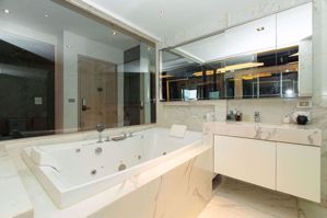 รูปภาพ 1 bed Duplex in HQ Thonglor by Sansiri Khlong Tan Nuea Sub District D08337
