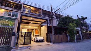 Picture of 5 bed House  Khlong Tan Nuea Sub District H05348