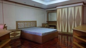รูปภาพ 2 bed Condo in 33 Residence Khlong Tan Nuea Sub District C09318