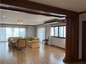 Picture of 3 bed Condo in GP Grande Tower Khlongtoeinuea Sub District C09388