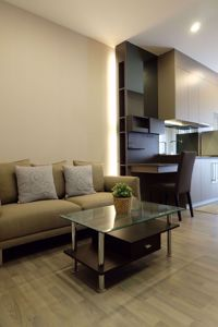 Picture of 1 bed Condo in The Room Sukhumvit 69 Phra Khanong Sub District C09443