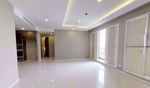 Picture of 3 bed Condo in Menam Residences Wat Phraya Krai Sub District C09768