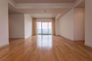 Picture of 3 bed Condo in Millennium Residence Khlongtoei Sub District C10994