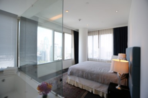 Picture of 3 bed Condo in 185 Rajadamri Lumphini Sub District C11295