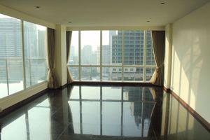 รูปภาพ 3 bed Duplex in Le Raffine Jambunuda Sukhumvit 31 Khlong Toei Nuea Sub District D11325