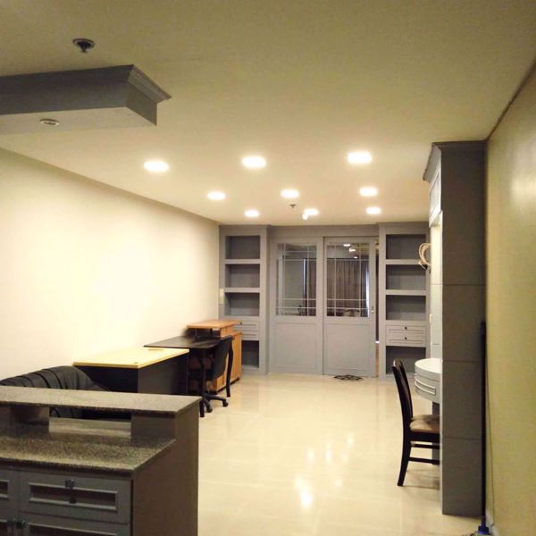 Picture of 1 bed Condo in State Tower Silom Sub District C11748