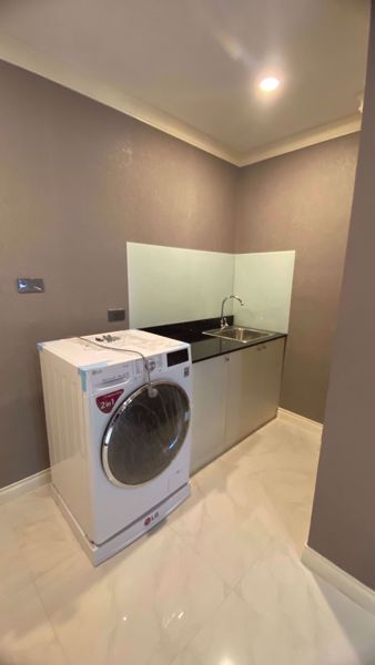 Picture of 1 bed Condo in State Tower Silom Sub District C11827