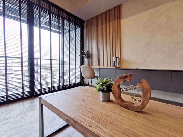 Picture of 2 bed Condo in The Lofts Asoke Khlongtoeinuea Sub District C11843