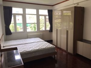 รูปภาพ 3 bed Condo in Aree Mansion Khlongtan Sub District C11870