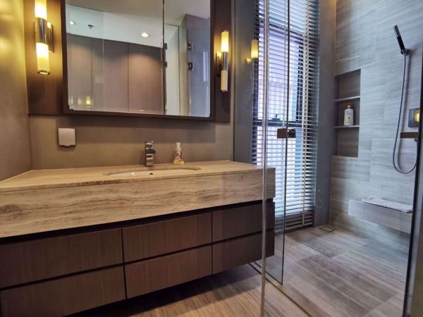 Picture of 2 bed Condo in The Diplomat Sathorn Silom Sub District C11912