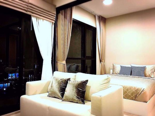 Picture of 1 bed Condo in Condolette Midst Rama 9 Huaikhwang Sub District C11964