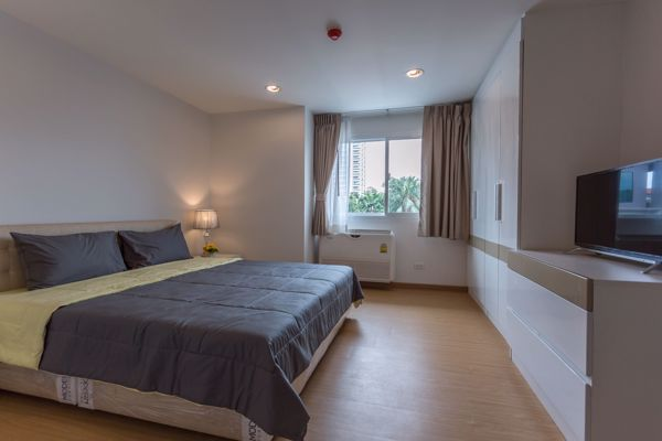 Picture of 2 bed Condo in PPR Villa Khlong Tan Nuea Sub District C11981