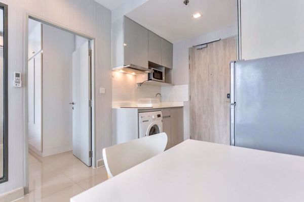 Picture of 1 bed Condo in Ideo Mobi Rama 9 Huaikhwang District C11996