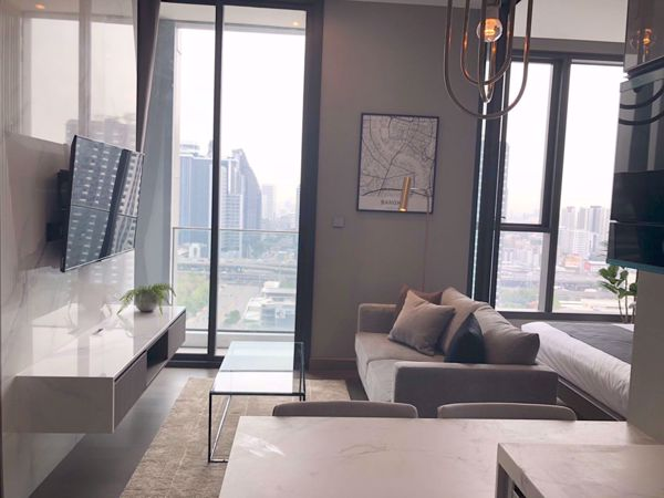 Picture of 1 bed Condo in The Esse at Singha Complex Khlongtoeinuea Sub District C012089