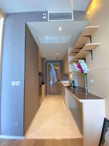Picture of 1 bed Condo in Ashton Silom Suriyawong Sub District C012155