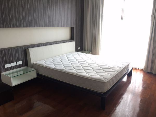 Picture of 2 bed Condo in Double Tree Residence Khlong Tan Nuea Sub District C012198