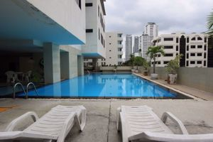 Picture of 2 bed Condo in Baan Prompong Khlong Tan Nuea Sub District C012203