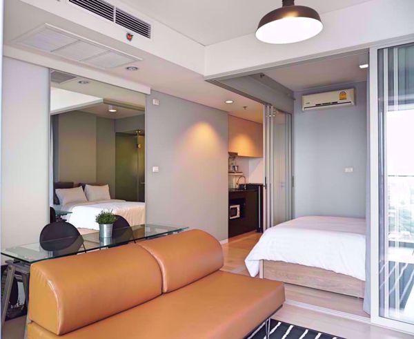 Picture of 1 bed Condo in Siamese Ratchakru Samsennai Sub District C012240