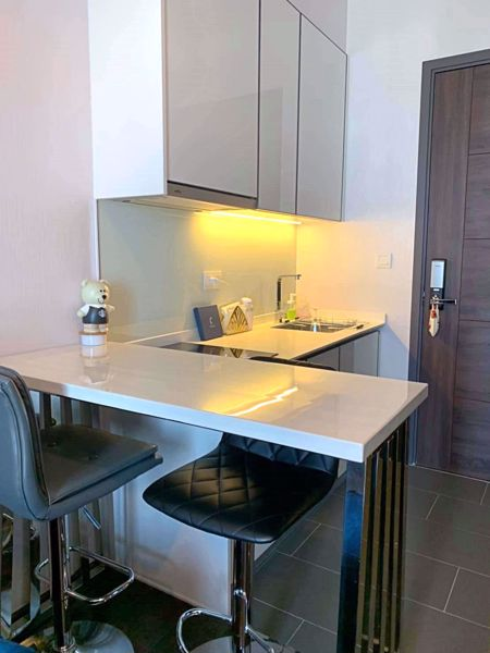 Picture of 1 bed Condo in C Ekkamai Khlong Tan Nuea Sub District C012298