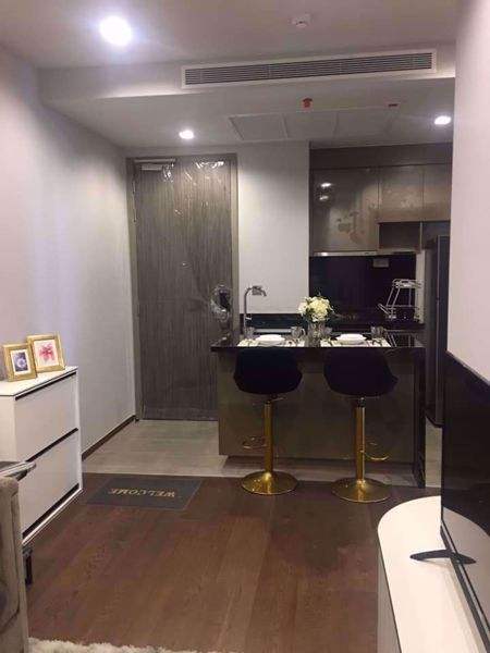 Picture of 2 bed Condo in Ideo Q Victory Thanonphayathai Sub District C012331