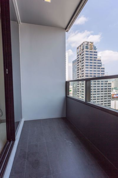 Picture of 2 bed Condo in M Silom Suriyawong Sub District C012496