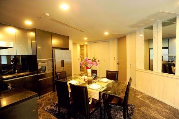 Picture of 3 bed Condo in Ashton Residence 41 Khlong Tan Nuea Sub District C012498