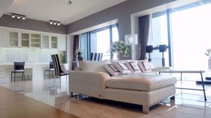 Picture of 3 bed Condo in The Met Thungmahamek Sub District C012856