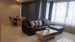 Picture of 2 bed Condo in The Emporio Place Khlongtan Sub District C013245