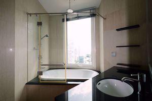 รูปภาพ 3 bed Condo in The Infinity Silom Sub District C013341