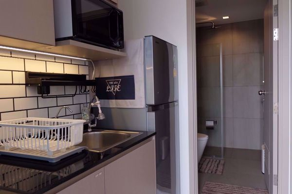 Picture of 1 bed Condo in The Politan Rive Bang Rak Noi Sub District C013346