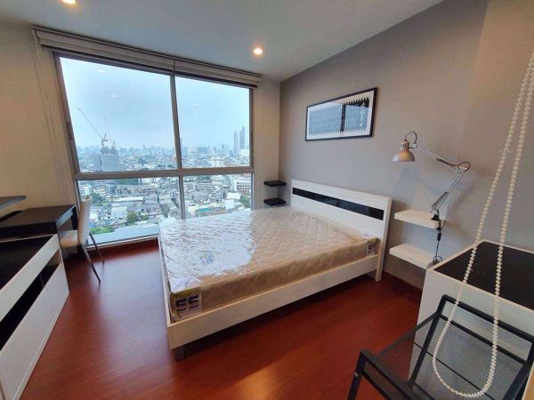 Picture of 1 bed Condo in The Niche Taksin Hiranruchi Sub District C013425