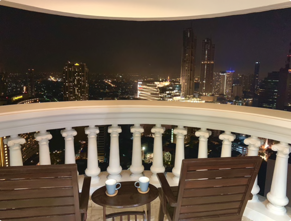 Picture of 1 bed Condo in State Tower Silom Sub District C013462