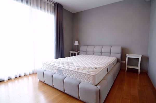 Picture of 2 bed Condo in The Vertical Aree Samsennai Sub District C013545