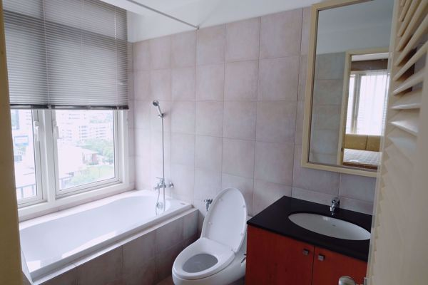 Picture of 3 bed Condo in Hampton Thonglor 10 Khlong Tan Nuea Sub District C013586