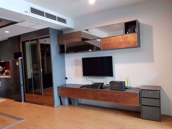 Picture of 1 bed Condo in Siamese Surawong Si Phraya Sub District C013589