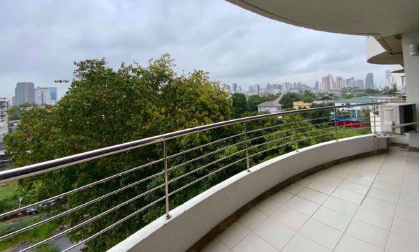 Picture of 2 bed Condo in Supalai Place Condominium Khlong Tan Nuea Sub District C013626