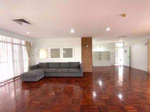 Picture of 4 bed Condo in TPJ Condominium Khlong Tan Nuea Sub District C013763