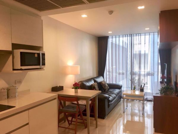Picture of 1 bed Condo in Downtown Forty Nine Khlong Tan Nuea Sub District C013843