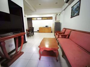 Picture of 2 bed Condo in Ruenrudee Condominium Khlong Toei Nuea Sub District C013939