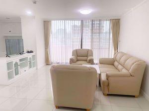 รูปภาพ 2 ห้องนอน Condo ในโครงการ Supalai Place Condominium Khlong Tan Nuea Sub District C014008