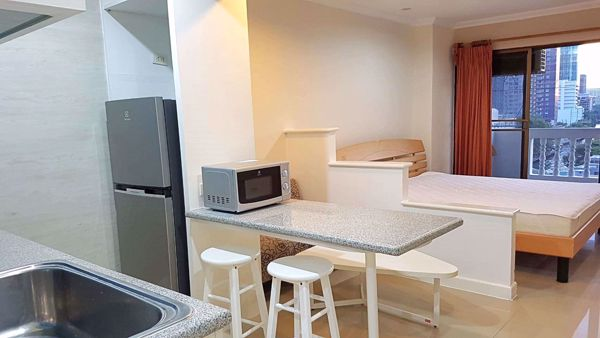 Picture of Studio bed Condo in JC Tower Khlong Tan Nuea Sub District C014033