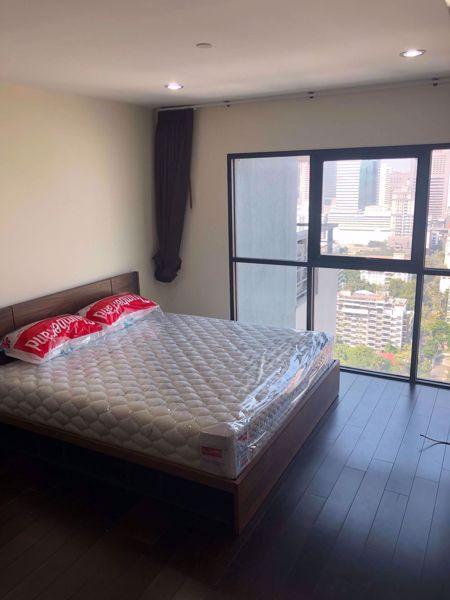 รูปภาพ 2 ห้องนอน Condo ในโครงการ Sathorn Gardens Thungmahamek Sub District C014041