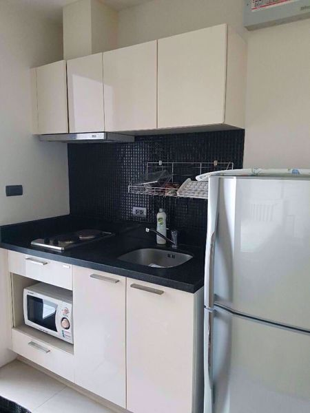 Picture of Studio bed Condo in Fuse Sathorn-Taksin Banglamphulang Sub District C014074