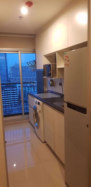 Picture of 1 bed Condo in Life Ratchadapisek Huai Khwang Sub District C014085