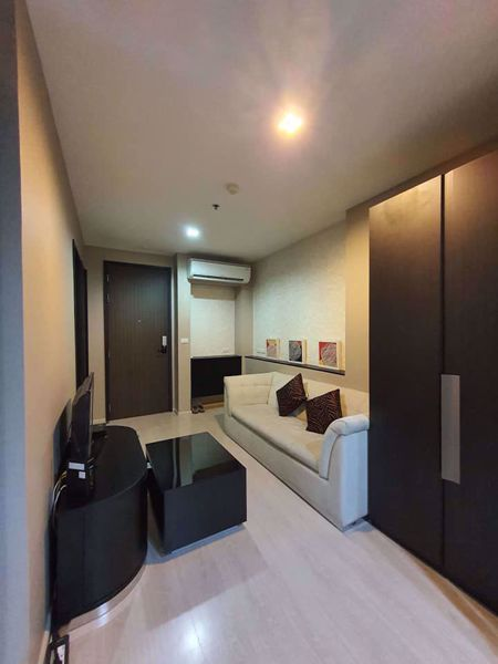 Picture of 1 bed Condo in Rhythm Sukhumvit 44 Phra Khanong Sub District C014184