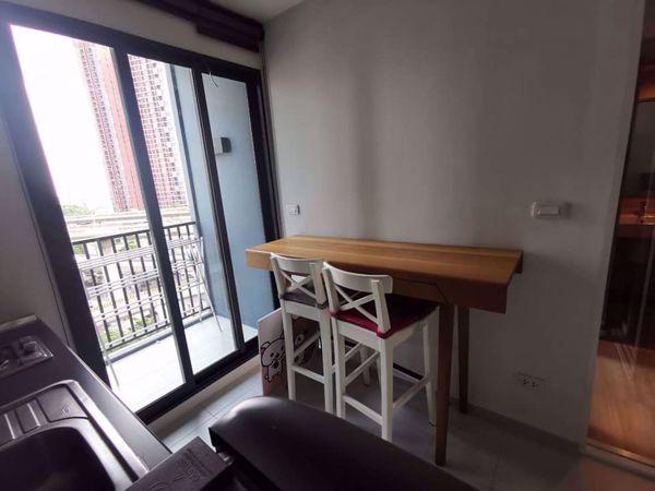 รูปภาพ 1 ห้องนอน Condo ในโครงการ The Base Rama 9 - Ramkhamhaeng Huamak Sub District C014238
